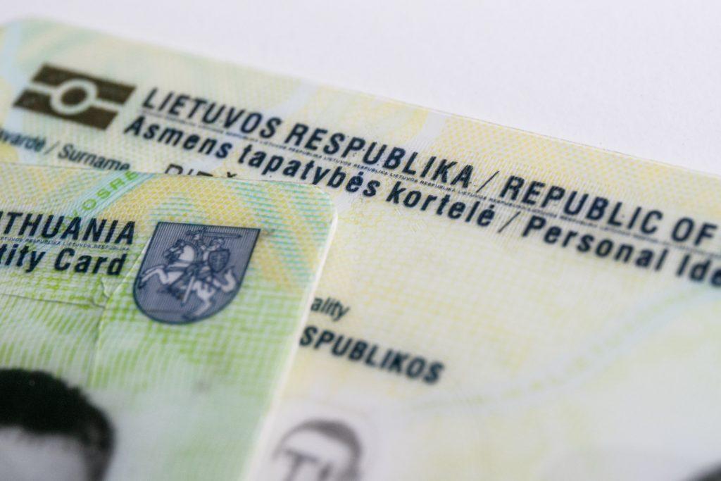 Medžioklės egzamino metu Vilniuje, asmuo pateikė ne savo asmens tapatybės dokumentus